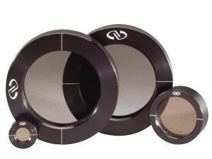 12.7, 25.4, and 50.8 mm precision linear polarizers with black anodized aluminum housing